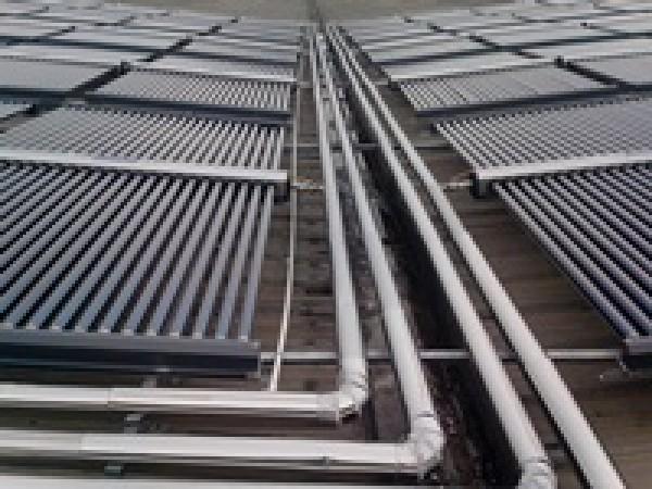 Hệ thống nước nóng năng lượng mặt trời công nghiệp